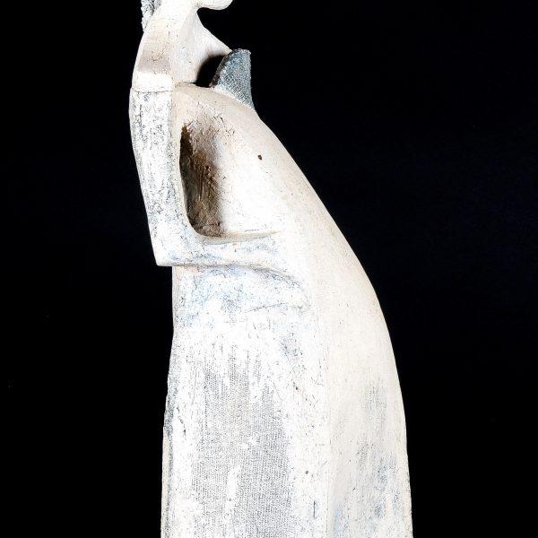titel: woman I  / afmeting: 40 cm hoog / materiaal: keramiek
