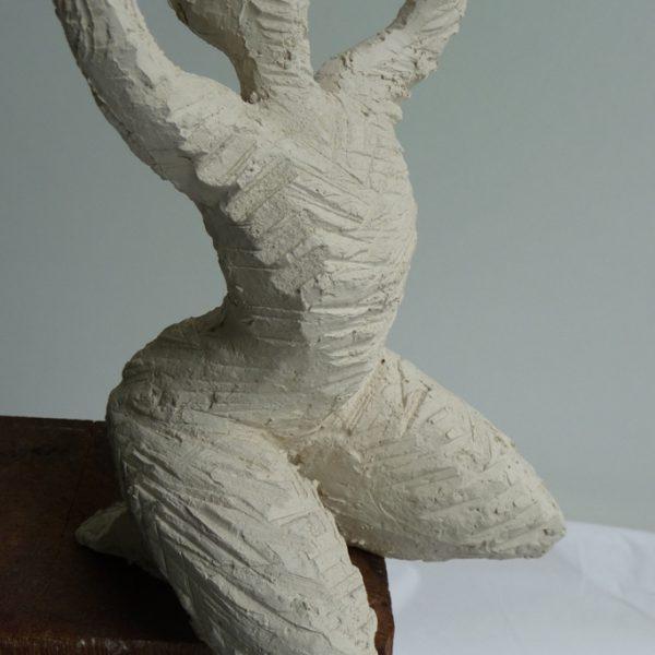 titel: schreeuw XII / afmeting: 30 x 16 cm / materiaal: keramiek