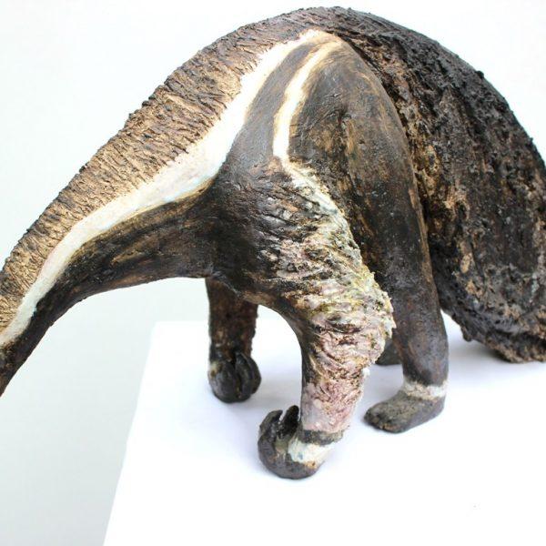 title: ant-eater / size: 40 x 30 cm / material: ceramics