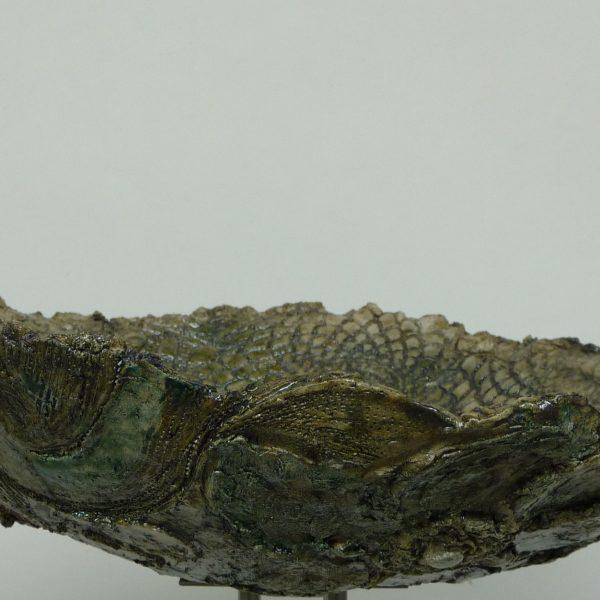 title: green flowers / size: ø 35 cm / material: ceramics