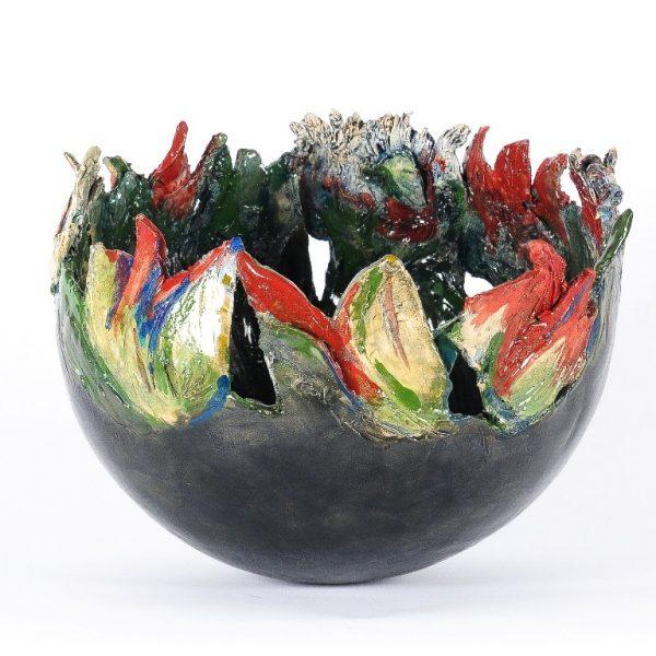 titel: bloemenschaal / afmeting: ø 25 cm / materiaal: keramiek